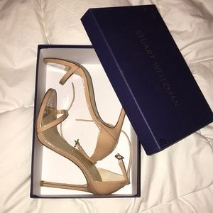 Stuart Weitzman Nudist Sandal in Adobe. 8.5W